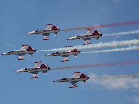 Türk Yıldızları ve Solotürk pilotları halkla buluşacak