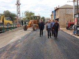 Beyşehir'de sıcak asfalt çalışmaları