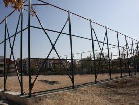 Karatay'a 11 yeni suni çim saha kazandırılıyor