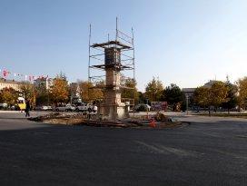 Seydişehir'e Osmanlı motifli saat kulesi yapılıyor