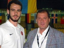 Fransadaki Türk sporcular panik halinde!