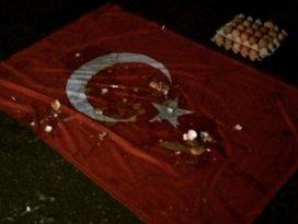 Rusyada Türk bayrağına çirkin saldırı