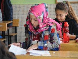 Konyada öğrencilerin TEOG sınavı heyecanı