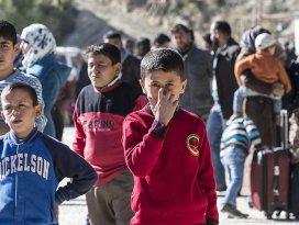 Türkmenlerin Türkiyeye geçişi sürüyor