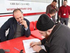 BMW tutkunlarından kan bağışı