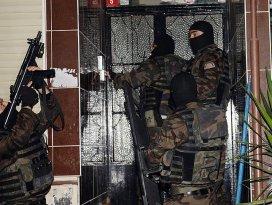 İstanbulda terör örgütü operasyonu: 10 gözaltı