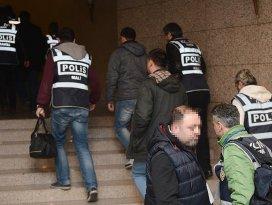 İzmir merkezli PDY operasyonunda 10 tutuklama
