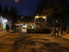 Hadim'de sıcak asfalt çalışmaları devam ediyor