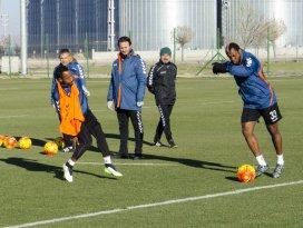 Torku Konyasporda Kasımpaşa maçı hazırlıkları