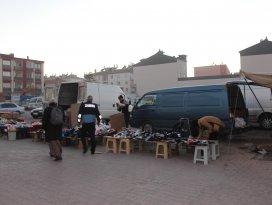 Beyşehirde zabıta ekiplerinin pazar yeri denetimleri