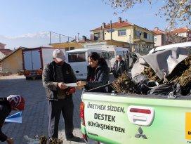 Büyükşehir'den çiftçiye böğürtlen fidanı desteği