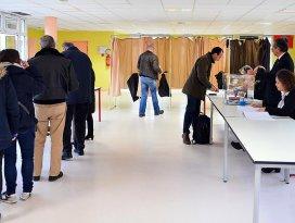 Fransada bölgesel seçimlerin ikinci turu yapılıyor