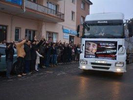 Konya İHH Bayır-Bucak Türkmenlerine yardımlarını sürdürüyor