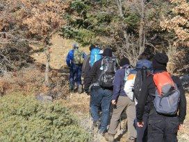 Doğaseverlerden Yakamanastır Tabiat Parkına doğa yürüyüşü