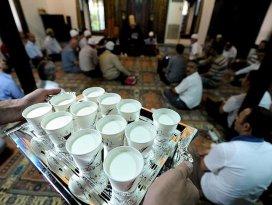 Mevlit Kandili dolayısıyla camilerde süt dağıtılacak