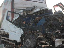 Konyada zincirleme kaza: 2 ölü, 1 yaralı