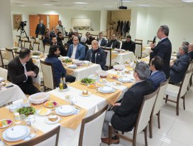 Başkan Hançerli müteahhit firmalarla bir araya geldi