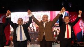 CHPli adaylar kendilerine oy veremedi