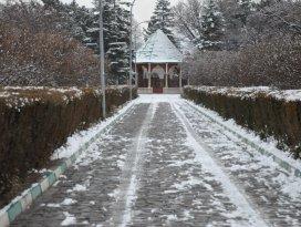 Akşehire mevsimin ilk karı yağdı