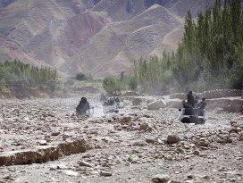 Afganistanda 21 Taliban üyesi öldürüldü