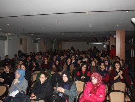Mehmet Akifi anma panellerine Konyada büyük ilgi