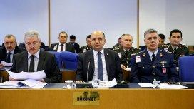 Komisyonda dövizle askerlik bedeli tartışması