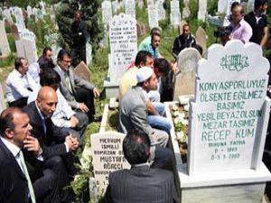 Konyaspor Recep Kumu unutmadı