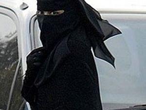 Fransa'da Müslümanlar ayaklandı