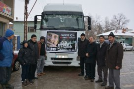 Konya'dan 2 TIR insani yardım