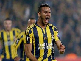 Fenerbahçe Avrupada De Souzanın golleriyle güldü