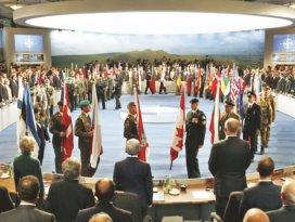 Bu kriz BMyi dağıtır