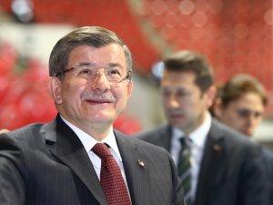 Başbakan Davutoğluna Konyada doğum günü sürprizi