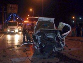 Otomobil kontrolden çıktı: 2 ölü