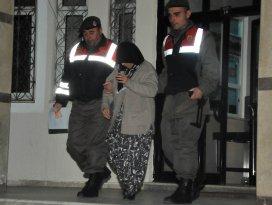 İki müebbet hapis cezası bulunan kadın Akşehirde yakalandı