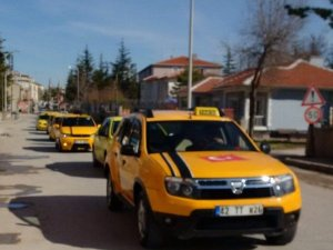 Konyada taksiciler eylem yaptı
