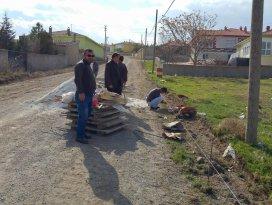 Cihanbeylide asfaltlama çalışmaları sürüyor
