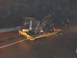 Seydişehirde trafik kazası: 2 ölü 1 yaralı