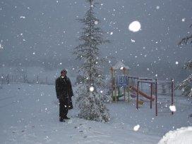 Konya'nın kayak merkezi Aladağ beyaz gelinliğini giydi