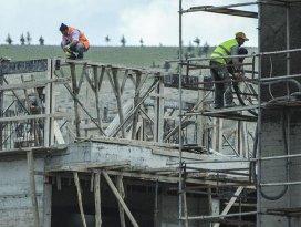 Başbakan Davutoğlundan taşeron işçilere müjde