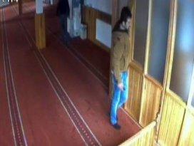 Camide hırsızlık güvenlik kamerasında