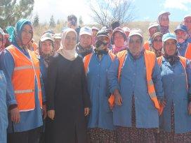 Konyada şehitlere saygı için bin 100 fidan dikildi