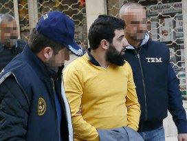 İzmirde terör örgütü DAEŞe operasyon: 15 gözaltı