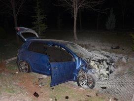 Konyada otomobil ile motosiklet çarpıştı: 1 ölü, 2 yaralı
