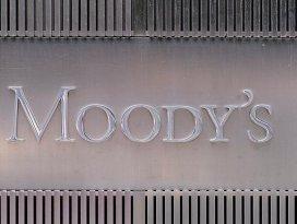Moodys petrol devlerinin notunu indirdi