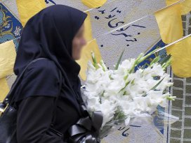Genç kız idamdan kurtarmak için evlenmek istiyor
