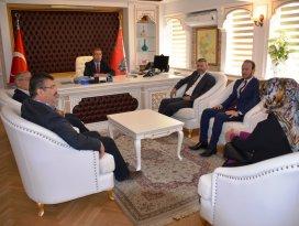 AK Parti Konyadan Emniyet Müdürü Demire ziyaret