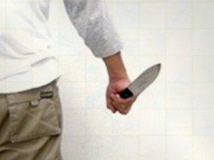 Eski eşi tarafından bıçakla yaralandı