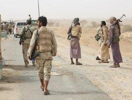 Husiler Suudi Arabistanın elindeki 30 kişiyi teslim aldı