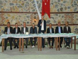 Baloğlu ve Başkan Akkaya muhtarlarla bir araya geldi