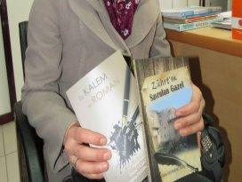 İnternette tanışan üç kadın kitap çıkardı